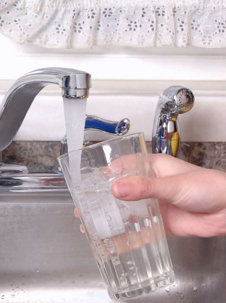 Clean water from tap