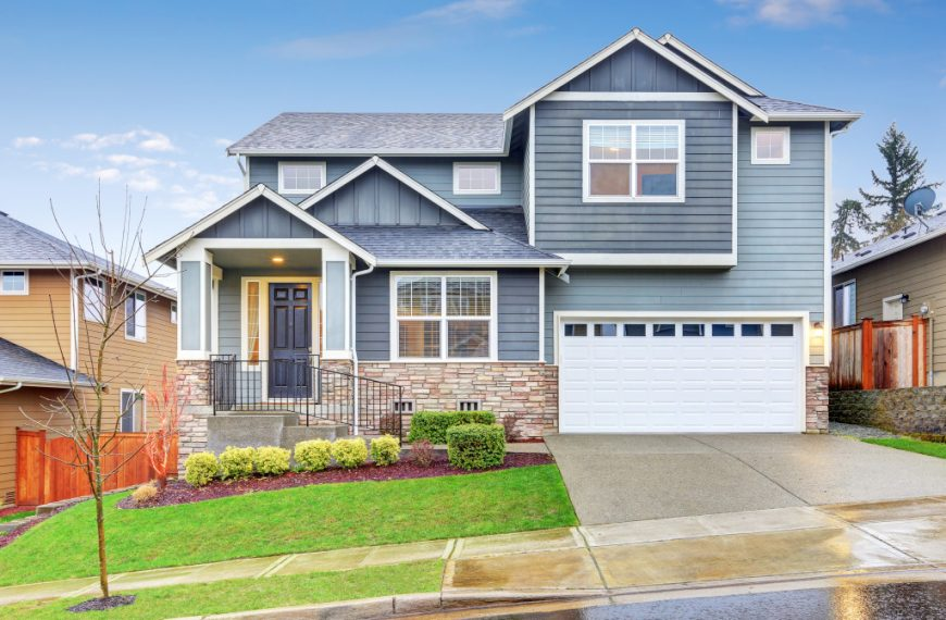 7 Mistakes That Destroy Your Home's Curb Appeal